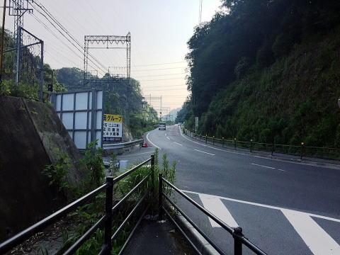 穴虫峠(奈良県香芝市)